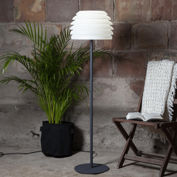 "Stehlampe ""Ambi"" outdoor IP65 - E27 Sockel - H: 150cm D: 37cm - max 40W"