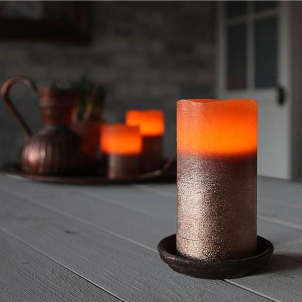 """LED Kerze """"Cooper"""" - Echtwachs - geschwungene Oberkante - flackernd - Timer- H: 12,5cm, D: 7,5cm"""