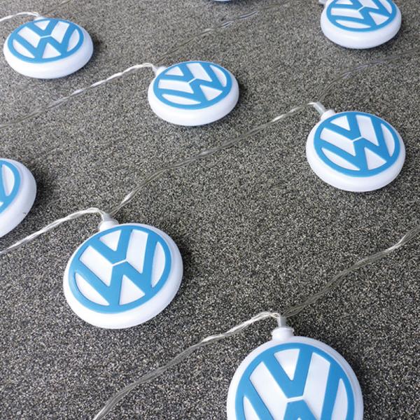 LED Lichterkette VW LOGO - 3m - Batterie - 20 blau/weiße Embleme - Die echte Fankette