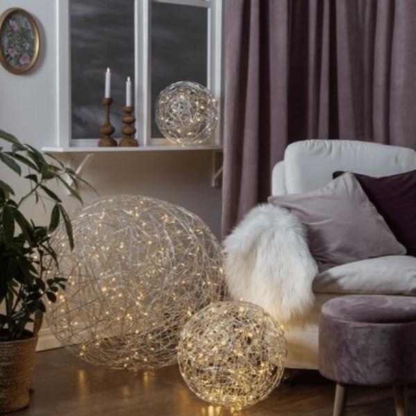 "LED 3D Designkugel ""Trassel"" - D: 50cm - 150 warmweiße LED - Indoor & Outdoor - aus Silberdraht"