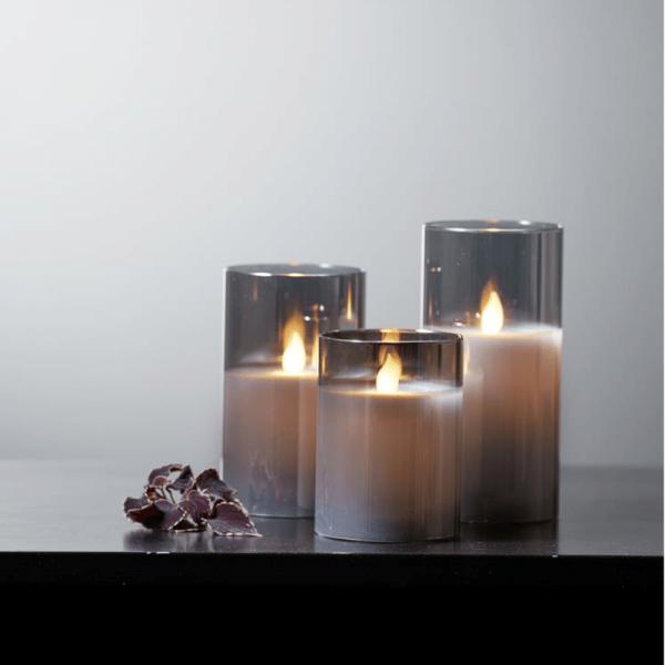 """LED Kerze/Windlicht """"Twinkle"""" - Echtwachs - mechanische Flamme - Timer - H: 15cm - rauchschwarz"""