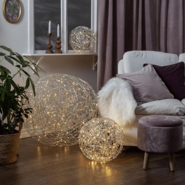 LED 3D Designkugel TRASSEL - D: 77cm - 200 warmweiße LED - Indoor & Outdoor - aus Silberdraht