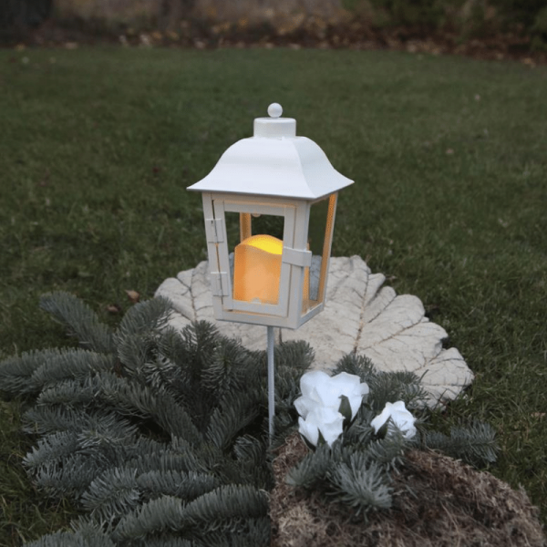 LED Laterne/Grablicht inkl. Kerze - 2 wechselbare Spitzen - Erdspieß - Dämmerungssensor - weiß