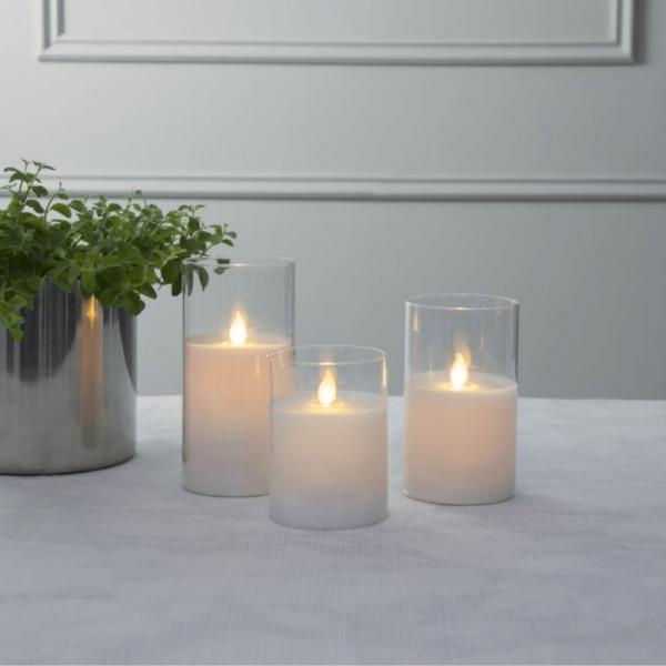 """LED Kerze/Windlicht """"Twinkle"""" - Echtwachs - mechanische Flamme - Timer - H: 15cm - weiß"""
