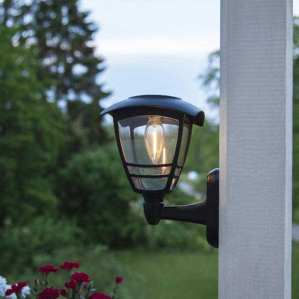 "LED Solar Wandleuchte ""Felix"" - Kunststoff - warmweiße LED - H: 21cm - Dämmerungssensor - schwarz"