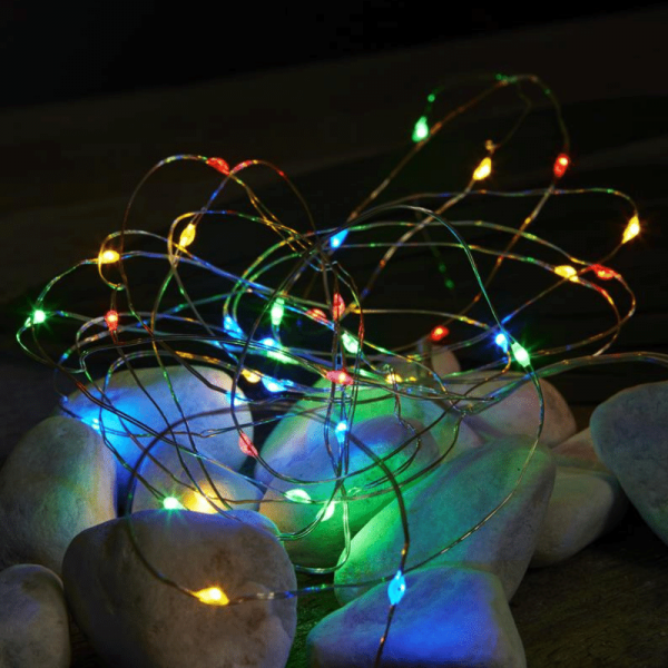 "LED Drahtlichterkette ""Dew Drop"" - 40 bunte LED - silberner Draht - 4m - Batteriebetrieb - Timer"