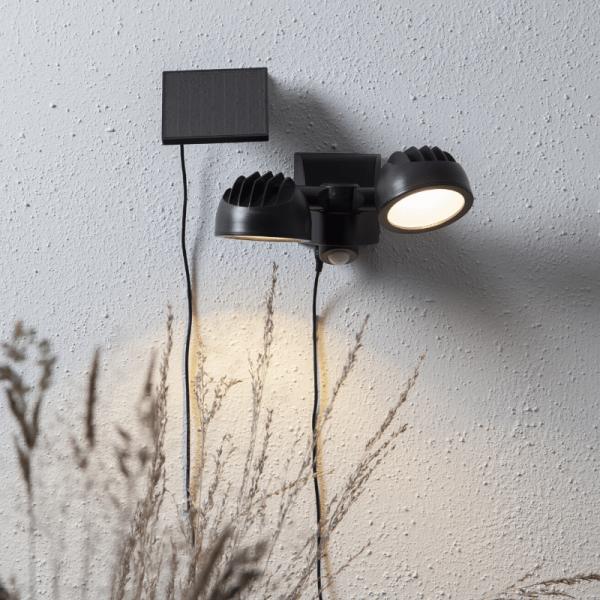 LED Solar Strahler POWERSPOT - warmweiß - 350lm - mit Bewegungsmelder und Lichtsensor - H: 17cm